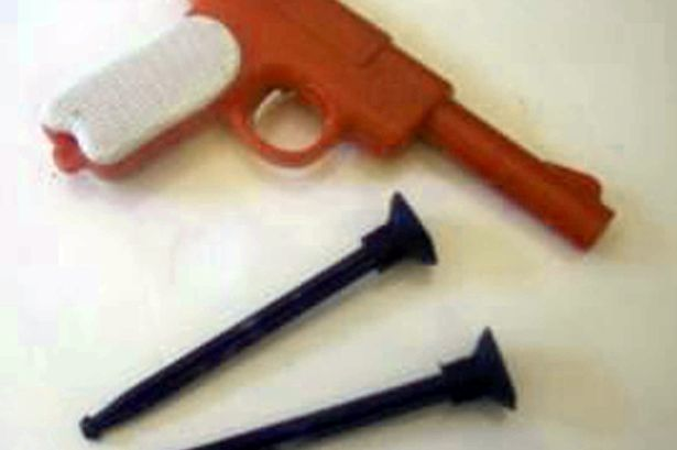 PAY-Plastic-darts-gun
